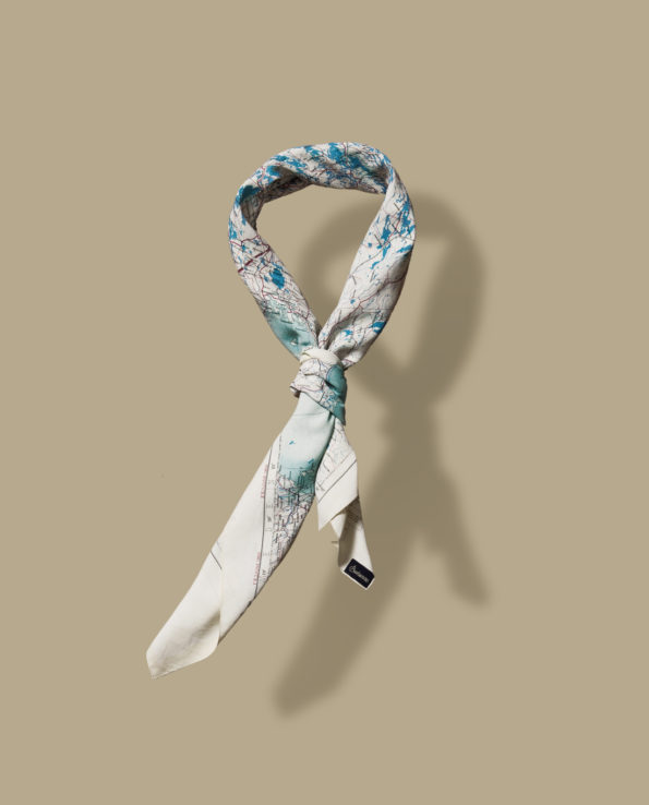 BONHOMME: escape scarf