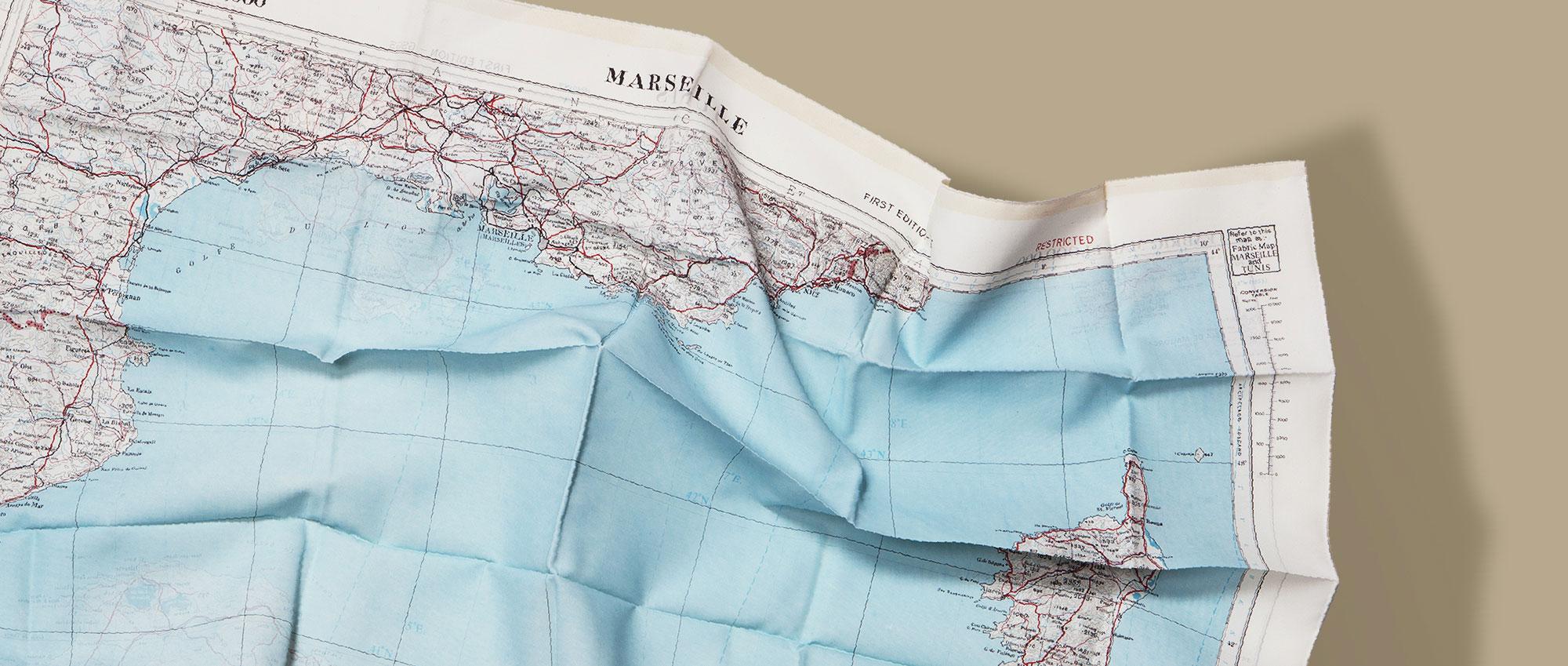 Bonhomme : Foulard d'Evasion Marseille